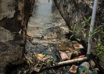 Читарум: как выглядит самая грязная река планеты (18фото)