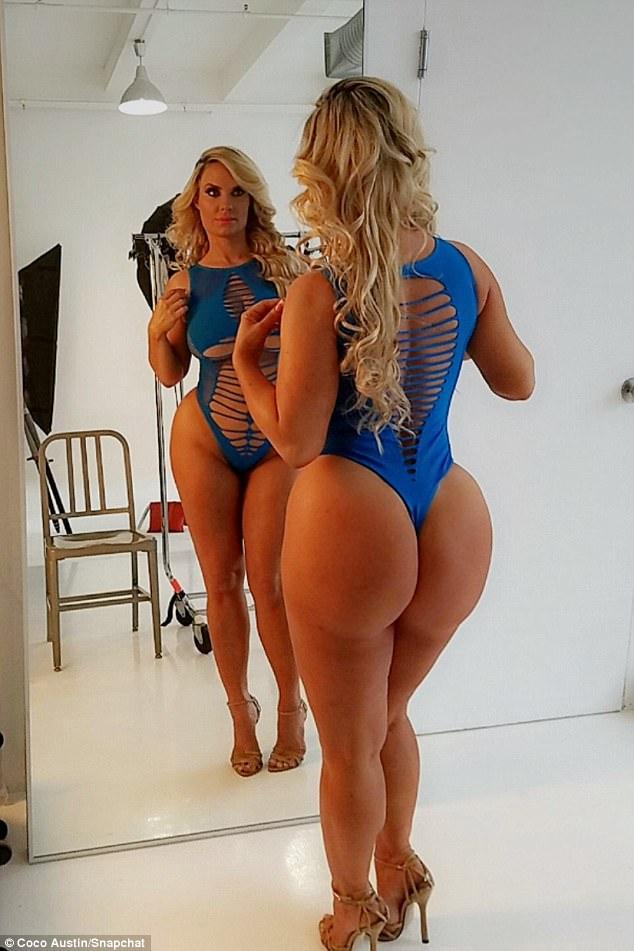 синий ей очень клицу