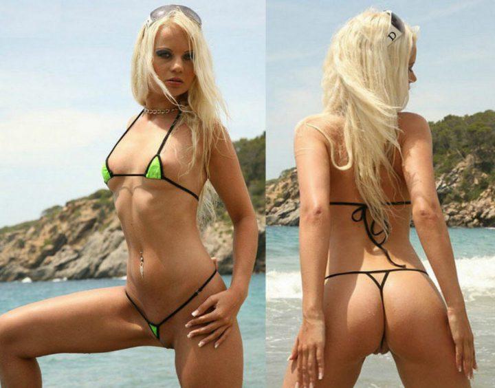 юная блондинка позирует в купальнике: вид сбоку и сзади