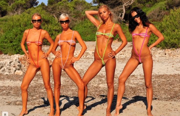 еще четыре телочки позируют для фото на пляже