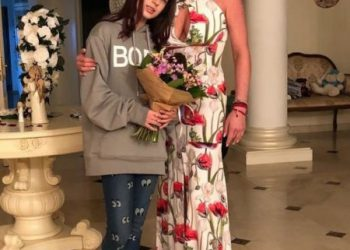 Балерина не спонсирует? 13-летняя дочь Волочковой назло матери открывает первый бизнес