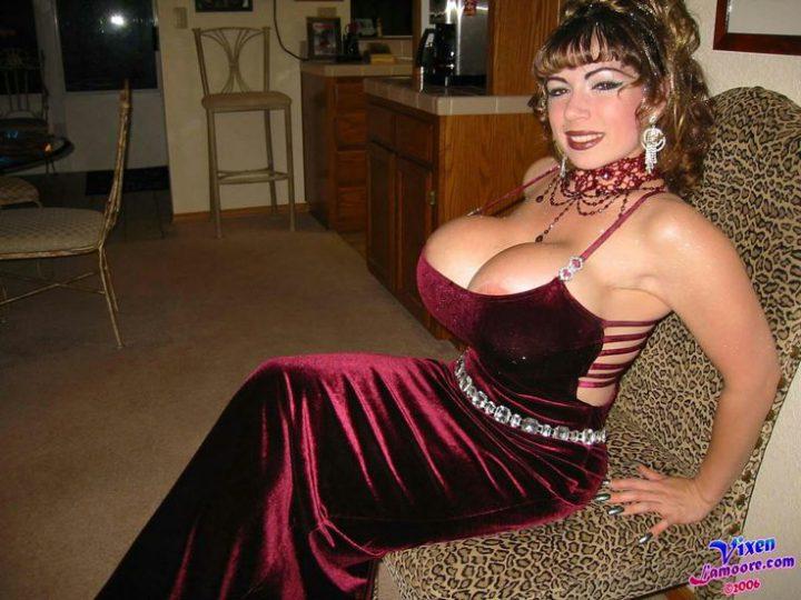 женщина, похожая на трансвестита