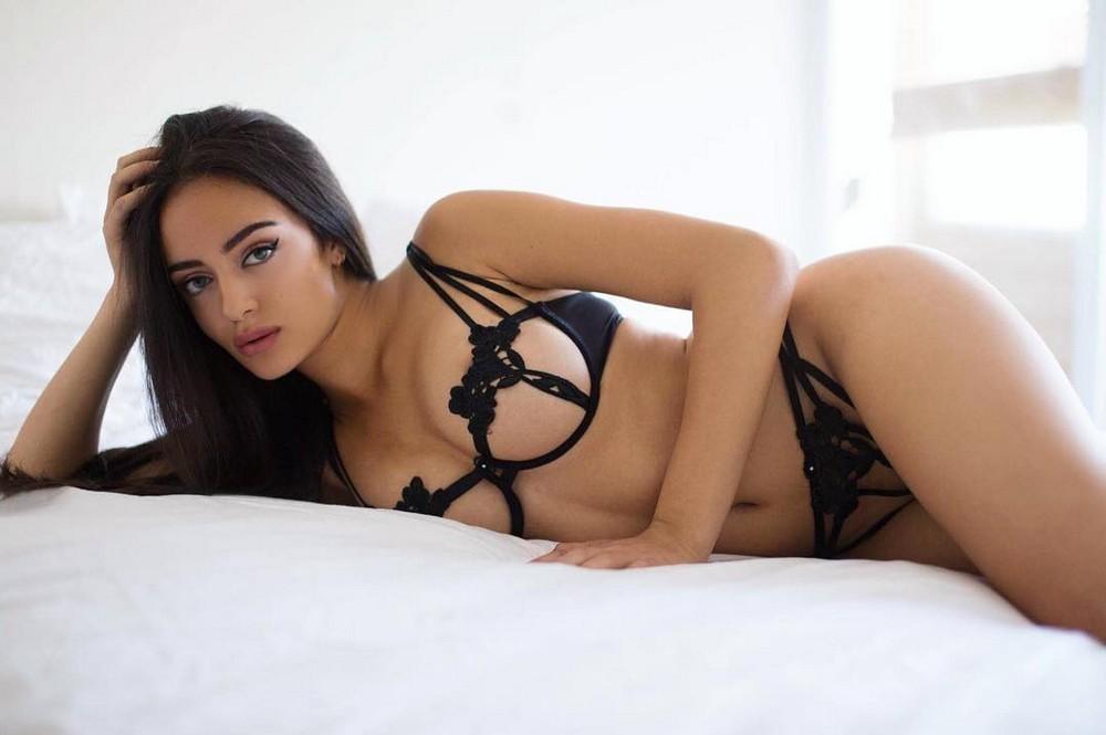 Красивые девушки сексуальном белье