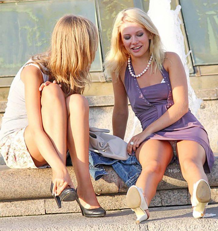 молоденькие блондинки-подружки