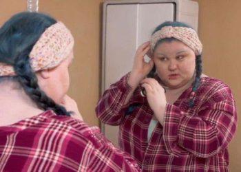 Неудачный пирсинг превратил уши девушки в огромные тефтели (8 фото)