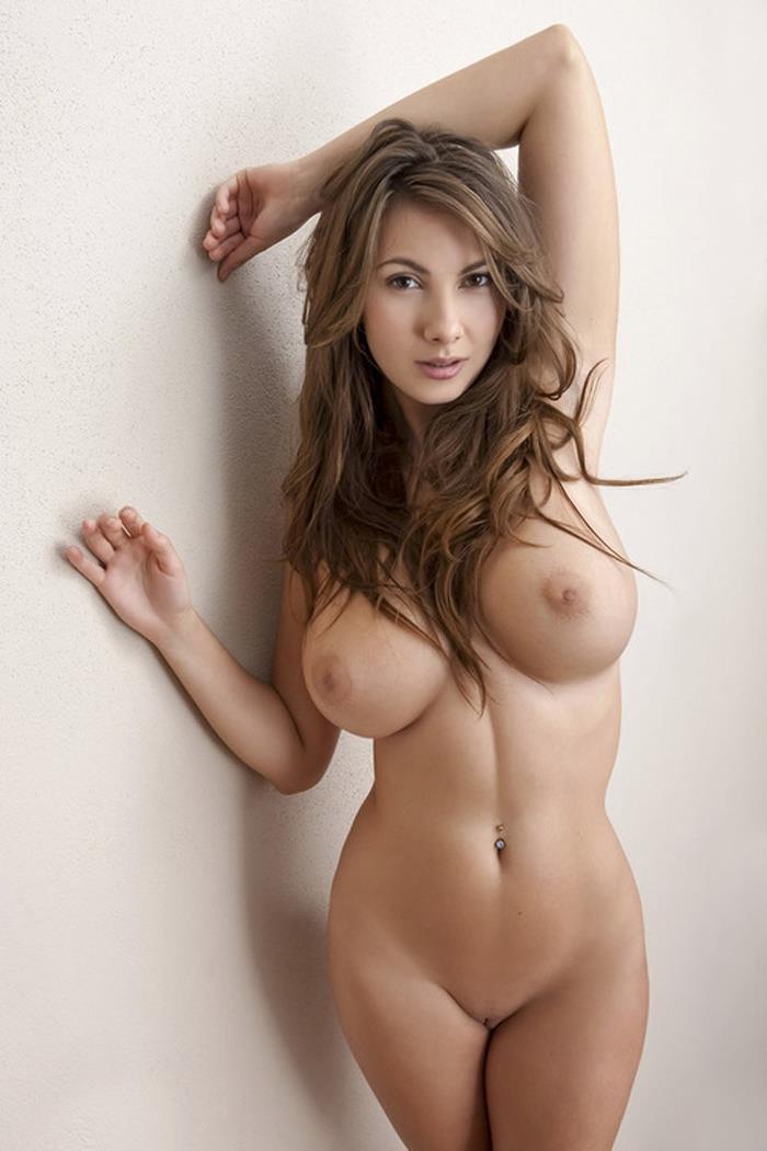 Шикарные голые девушки