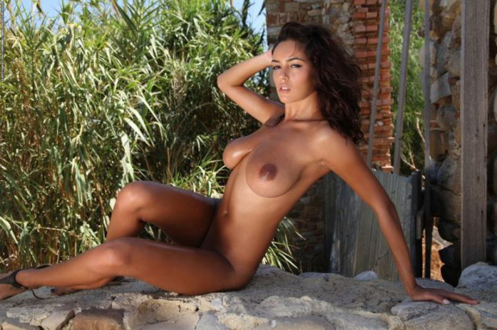 beauty-tanned-sex-gallery