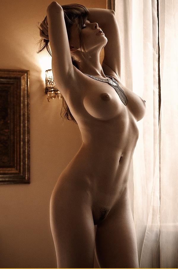 Обнаженные девушки с идеальными формами - Эротические фото засветы