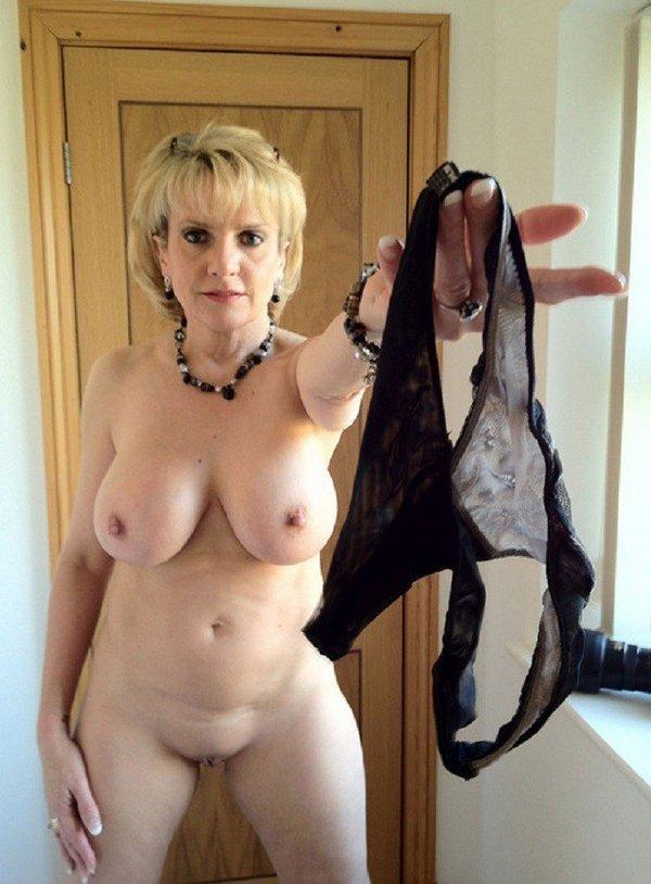 баба к сексу готова! вот доказательства!