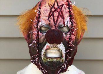 Жуткие маски прямиком из ночных кошмаров (13 фото)