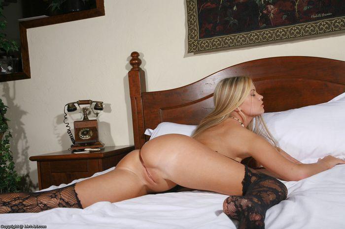 Ольга знает много развратных поз для крутого секса