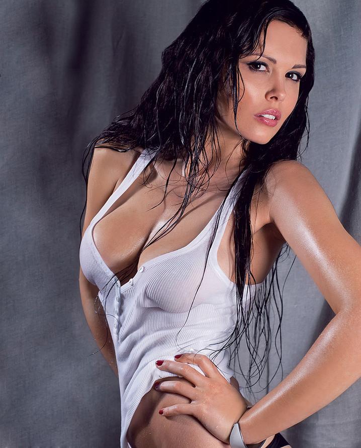 Мария Горбань сексапильная актриса и телеведущая с прекрасными формами тела