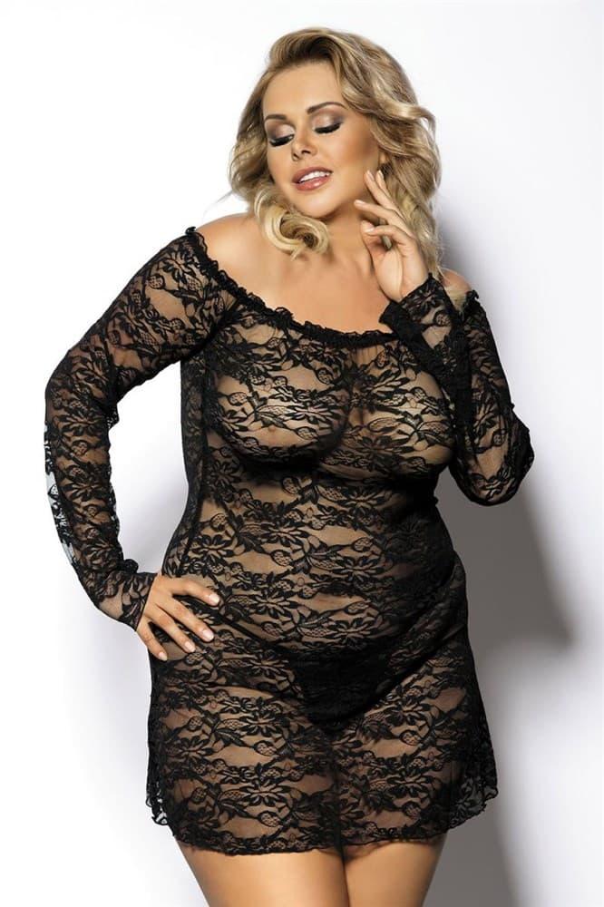 Полная зрелая женщина в обтягивающем прозрачном платье выделела все свои телеса