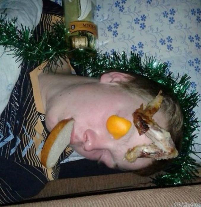 Ни когда не засыпай на празднике раньше своих друзей.
