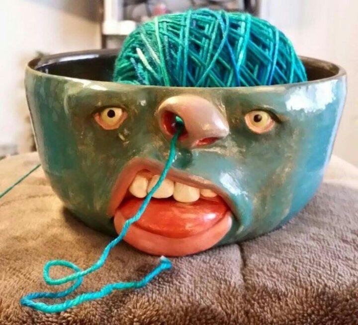 Для любительниц вязания, оригинальная чаша для клубков.