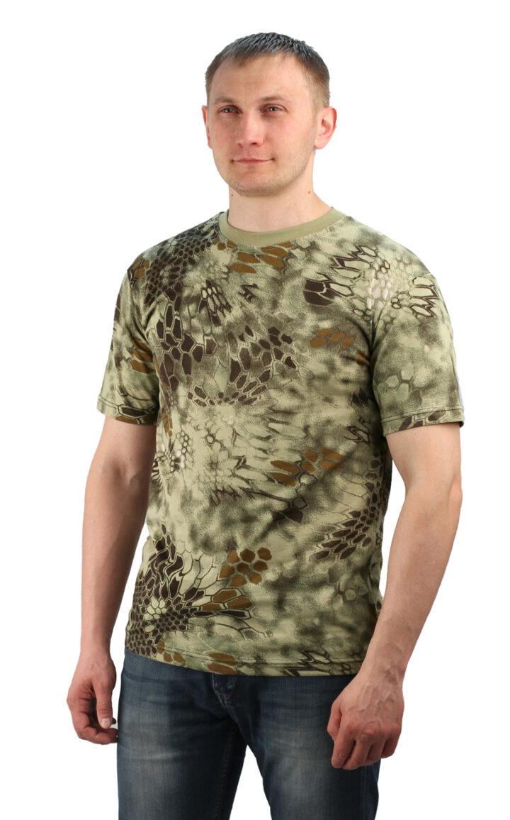 Вписываем в повседневный гардероб футболку камуфляж